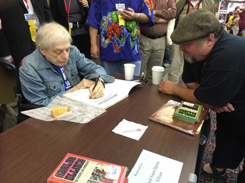 Harlan Ellison signing at Archon.